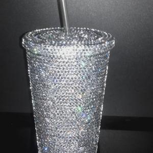 IZZY - crystal šperk