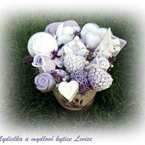 Mydielka a mydlové kytice Levice